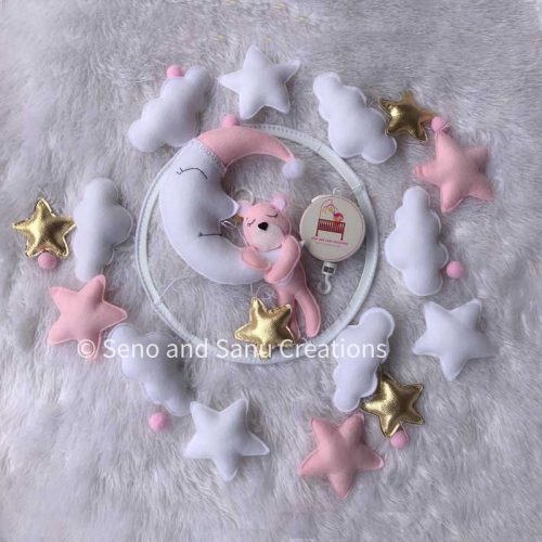 Pinky bear design music cot mobile for baby nursery decor
